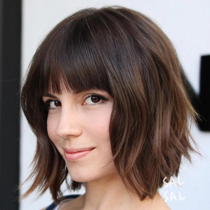 20-beautiful-and-easy-medium-bob-hairstyles-for-women-at-any-age_15