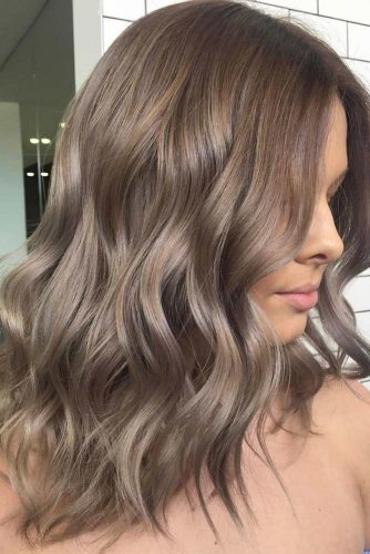 Ash Brown Ideas for Medium Hair Length picture3