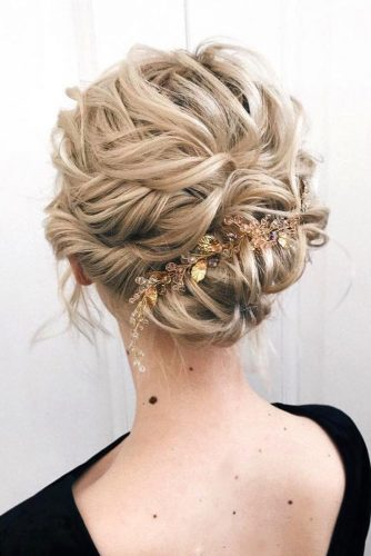 Blonde Updo Hairstyles With Accessories #shorthairstyles #christmashairstyles #hairstyles #updohairstyles