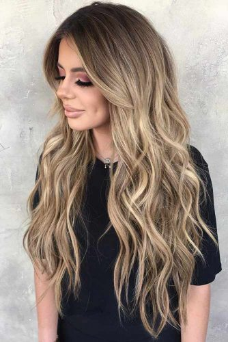 Curly Dirty Blonde Hair With Subtle Highlights #blondehair #longhair #brunette #ombre