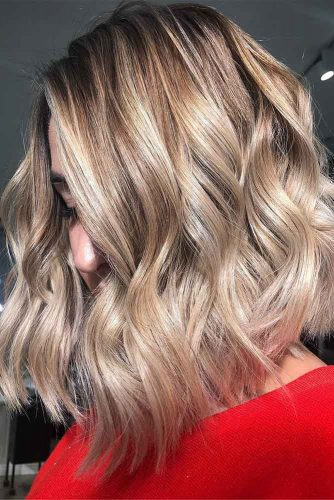 Cute Layered Short Dirty Blonde Hair #blondehair #bob #layeredhair #highlights