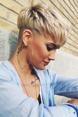 Hairstyles With Bangs Blonde #blondehair #shorthair #pixie