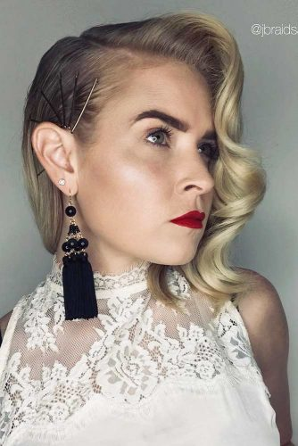 Hollywood Waves Decorated With Bobby Pins #mediumhairstyles #bobbypins #hollywoodwaves