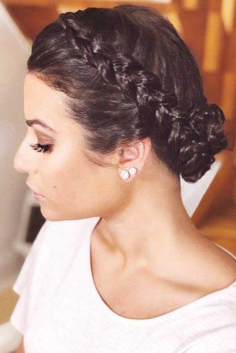 Ideas Of Braids For Short To Medium Hair Bun #braids #brunette #bun