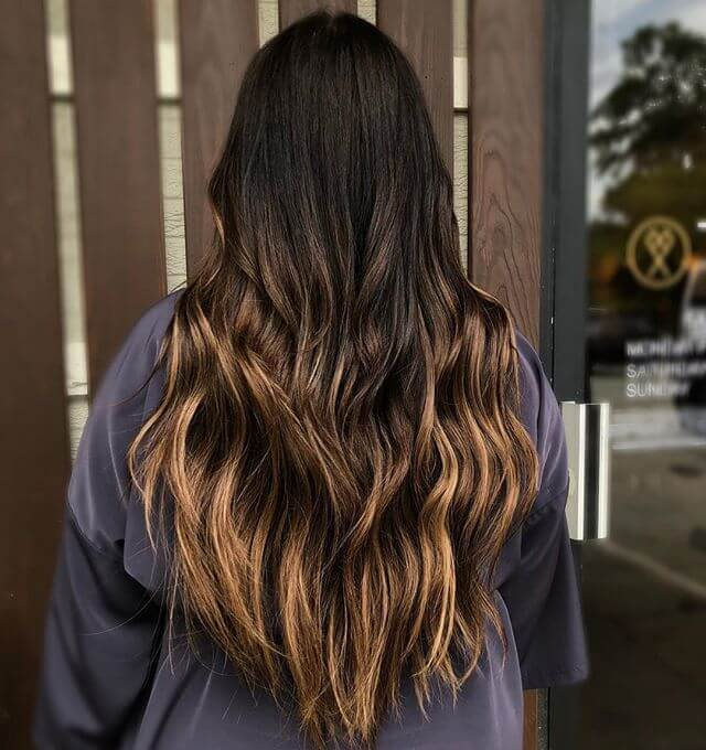 Long Easy Hairstyle Layered To A Point