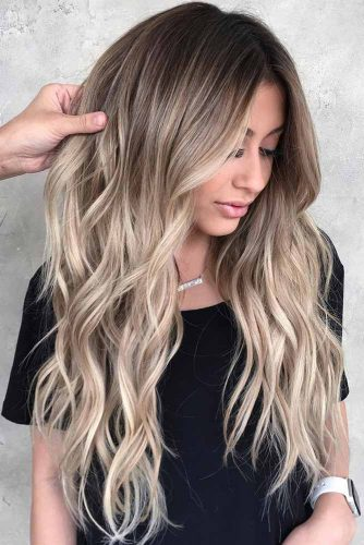 Long Layers With Dirty Blonde Ombre Hair #longhair #blondehair #ombre