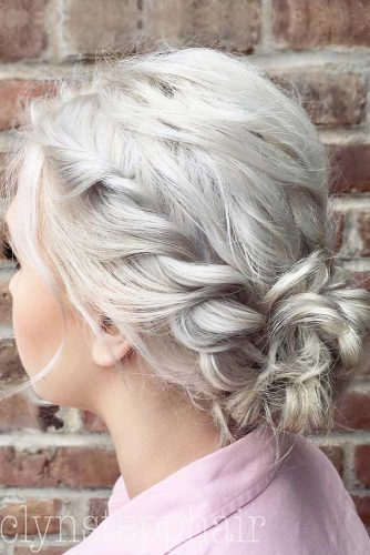 Low Bun Simple Twist Style For Christmas Party #shorthairstyles #christmashairstyles #hairstyles #bobhairstyles