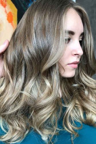 Medium Ash Brown Hair With Blonde Highlights #brownhair #highlights
