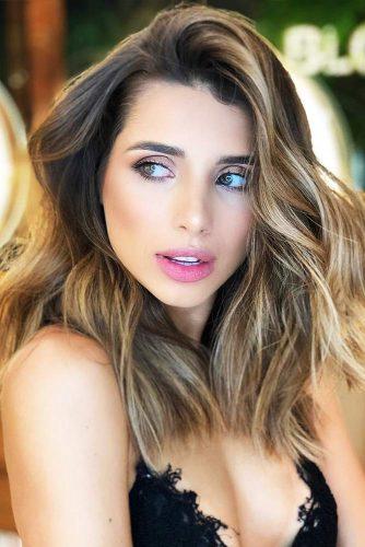 Medium Ash Brown Hair With Lowlights #brunette #brownhair #highlights