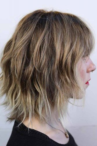 Messy Medium Length Hairstyles With Blunt Bangs #mediumhairstyles #hairstyles #mediumlengthhairstyles #bangs
