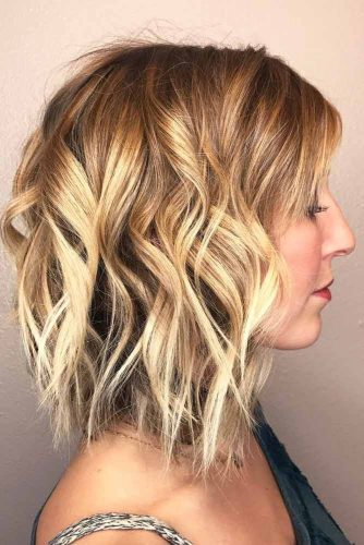 Middle Parted Cool Curls #mediumbob #haircuts #bobhaircuts #wavyhair