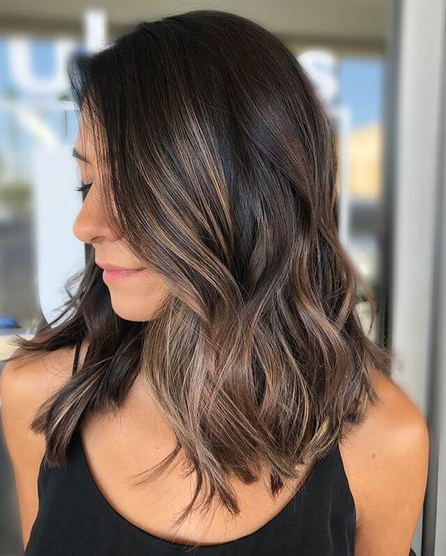 Pretty Dark Brown Hairstyle For Women