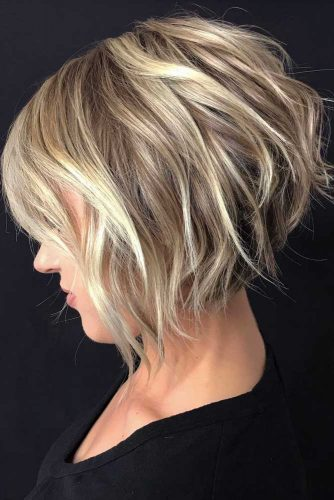 Shaggy Inverted Bob Hairstyle #shortbob #shortbobhairstyles #hairstyles #bobhairstyles