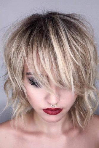 Shaggy Medium Length Hairstyles With Wispy Bangs #mediumhairstyles #hairstyles #mediumlengthhairstyles #bangs