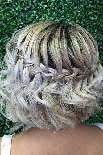 Short Hairstyles for Christmas Party picture2
