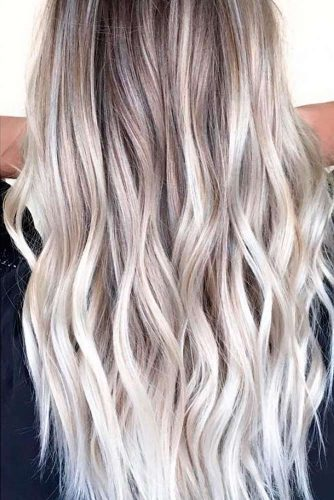 Stylish Blond Balayage Hair Color picture 3