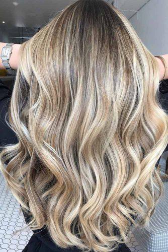 U Cut Hairstyles For Long Hair Wavy Ends #longhaircuts #haircuts #longhair #layeredhair #wavyhair
