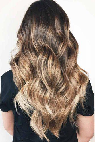 V Cut Hairstyles For Long Hair Layered Wavy #longhaircuts #haircuts #longhair #layeredhair #wavyhair