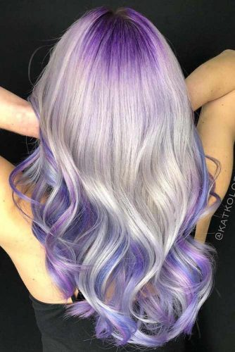 V Cut Hairstyles For Long Hair Wavy Ends  #longhaircuts #haircuts #longhair #layeredhair #wavyhair