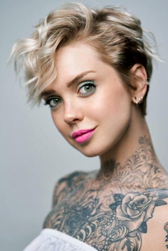 Wavy Pixie Hairstyle With Layered Bangs  #pixiecut #haircuts #shortpixie #blondehair
