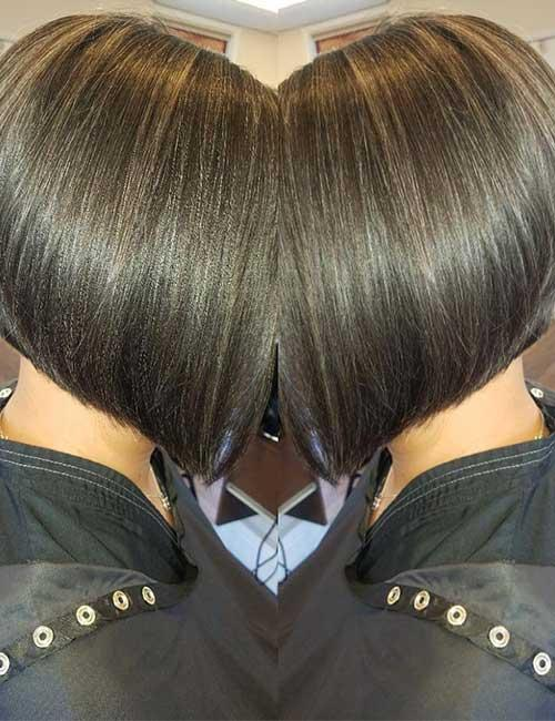 3. Stacked And Highlighted A-Line Bob