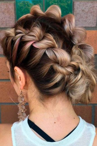 Amazing Ideas of Medium Length Hairstyles picture 1
