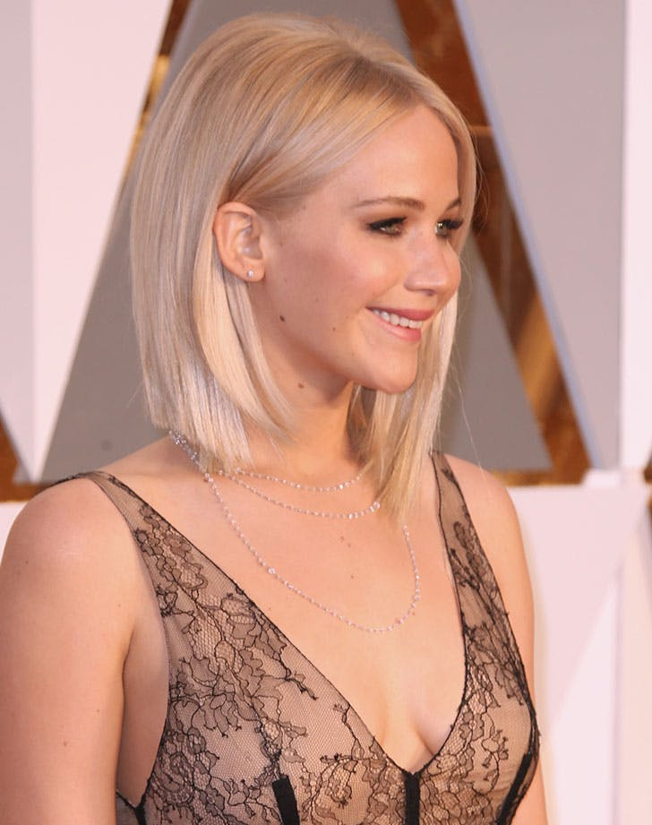 angled lob jennifer lawrence21