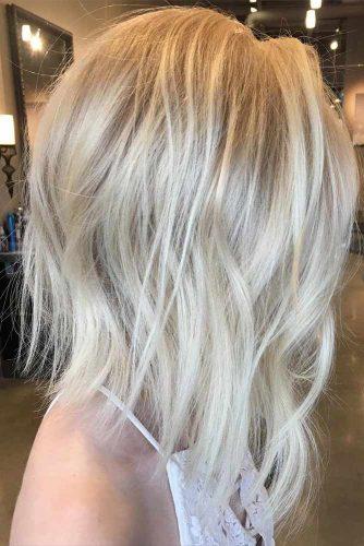 Blonde Wavy A-Line Bob #blondehair #wavyhair #alinebob