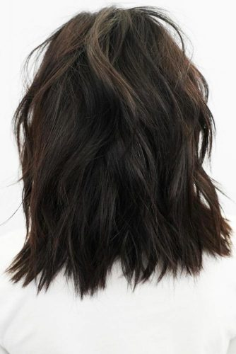 Blunt Cut With Choppy Layers #mediumhair #layeredhair #shaggy