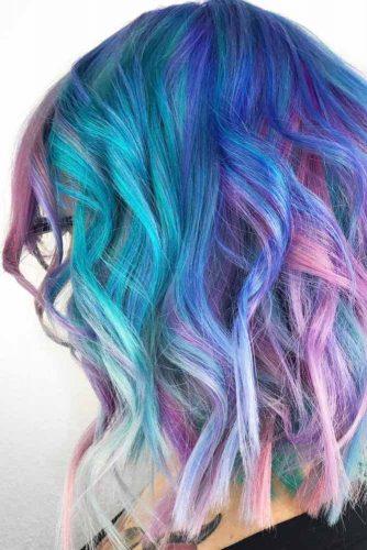 Bright Medium Hairstyles picture 3