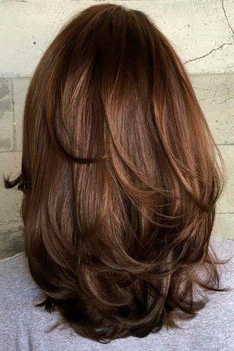 Brown Layered Medium Length Haircuts #mediumlengthhaircuts #mediumhair #haircuts #longbob