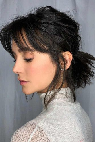 Brunette Bob With Bangs And Layers #shorthaircuts #bobhaircuts #bobwithbangs #ponytail #shorthairstyles