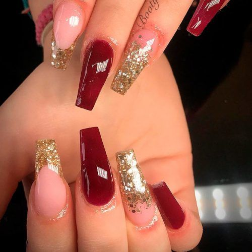 Burgundy Nails With Gold Glotter Ombre #glitternails #ombrenails