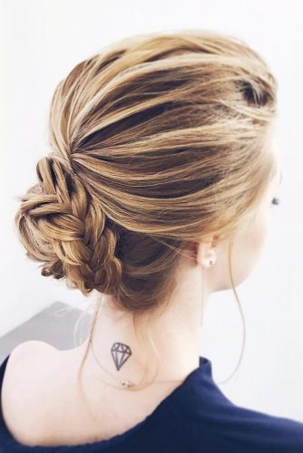 Classy Christmas Hairstyles for Short Hair Picture 2