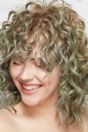 Cute Curly Hairstyles picture 3