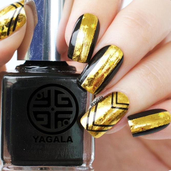 Cute Designs For Your Gold Nails Picture 2