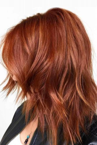 Cute Layered Hairstyles Auburn Color #mediumlengthhairstyles #mediumhair #layeredhair #hairstyles #auburnhair
