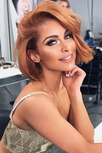 Deep Side Parted Short Bob #shortbobhairstyles #bobhairstyles #hairstyles #straighthair #auburncolor