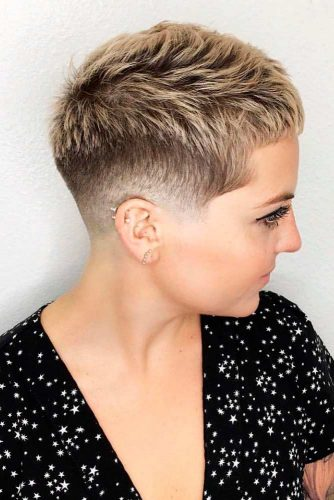 Extra Short Blonde Pixie #pixiehaircuts #highlights