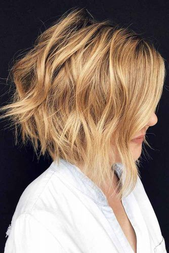 Inverted Short To Medium Haircuts #mediumlengthhaircuts #haircuts #bobhaircut
