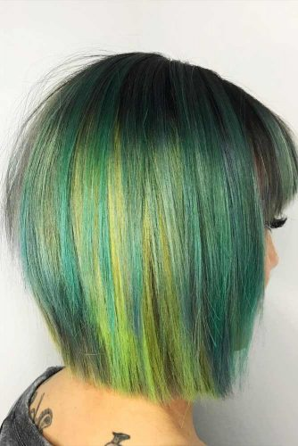Layered Bob Hairstyle For Straight Hair #straighthair #mediumbob #greenhair