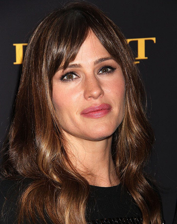 layered hair with curtain bangs jennifer garner26