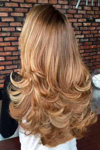 Layered Haircut For Long Hair With A Flip #longhair #leyeredhairends