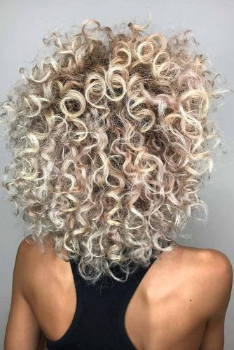 Layered Haircuts for Curly Hair picture2