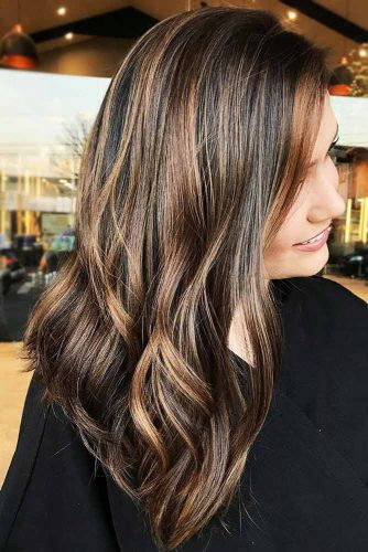 Light Brown Highlights on Chocolate Brown Hair #brunette #highlights #wavyhair