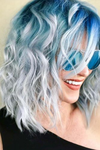 Long Layered Bob Hair Style For Curly Hair #bluehair #curlybob #bobhaircut
