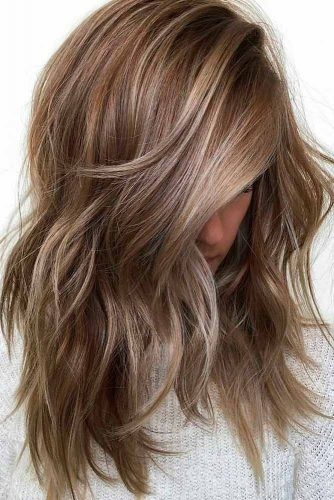 Lovely Medium Hair Styles With Layers picture 4