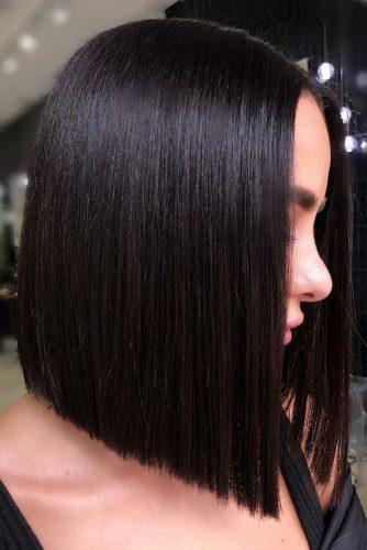 Medium Blunt Hairstyles For Brunette Girls #mediumhair #bob