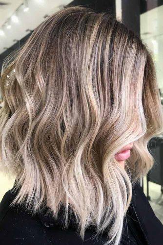 Medium Layered Hairstyles For Blonde Girls #mediumhair #wavyhair