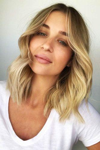 Medium Wavy Hairstyles For Blonde Girls #mediumhair #wavyhair